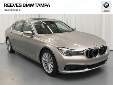 New 2019 BMW 7 Series 740i Sedan With Navigation